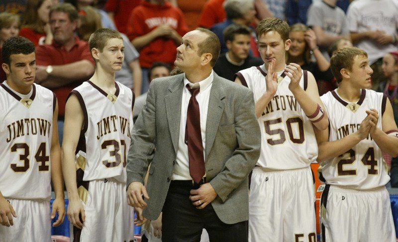 PREP BOYS BASKETBALL: Fairfield picks DeShone as new coach