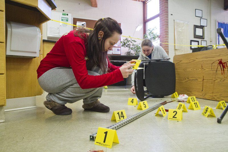 Csi Bethany Students Get Realistic View Of Forensic Investigations Local News Goshennews Com