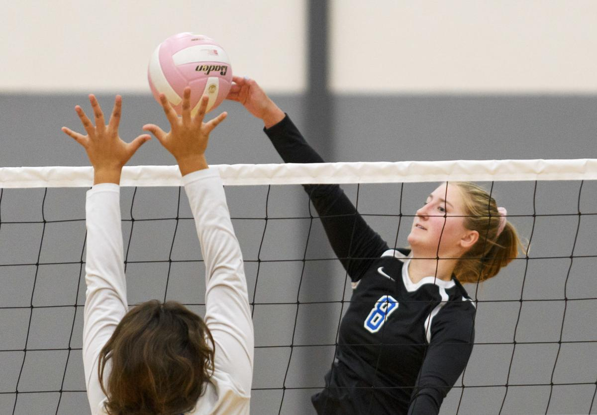 La Conner at Mount Vernon Christian volleyball