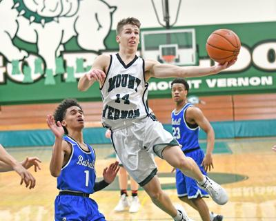 Bulldogs get by Bothell (copy)