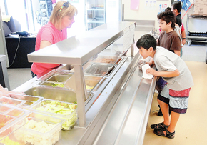 Free meal programs fill bellies during summer