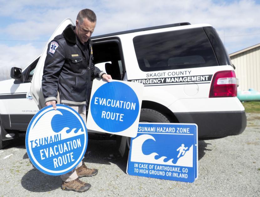 New maps chart walking routes for tsunami evacuation