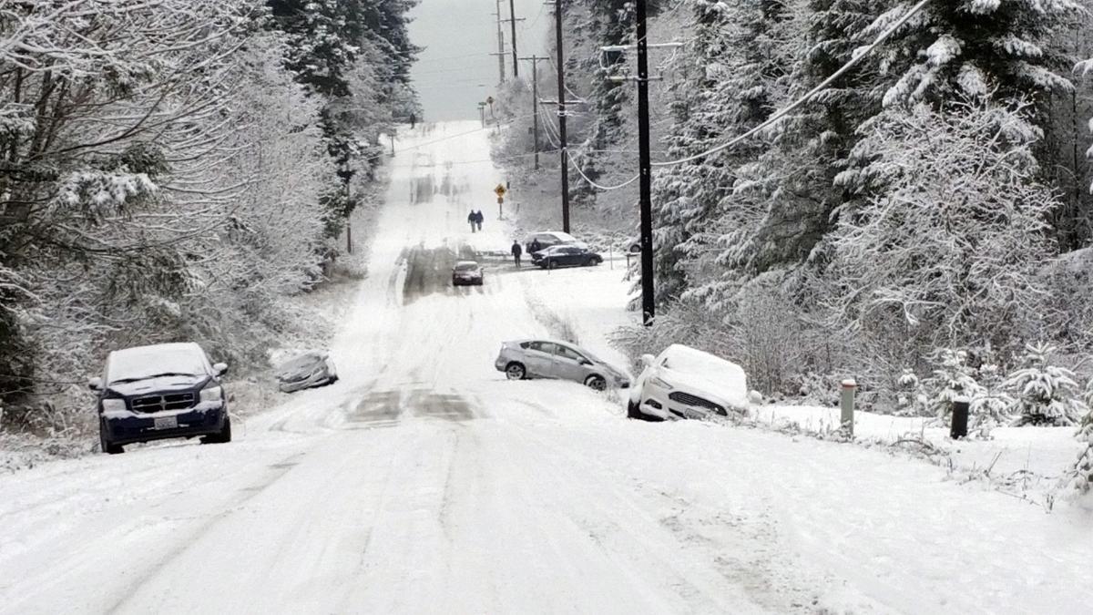 Island County deputies busy over Christmas with calls on Camano ...