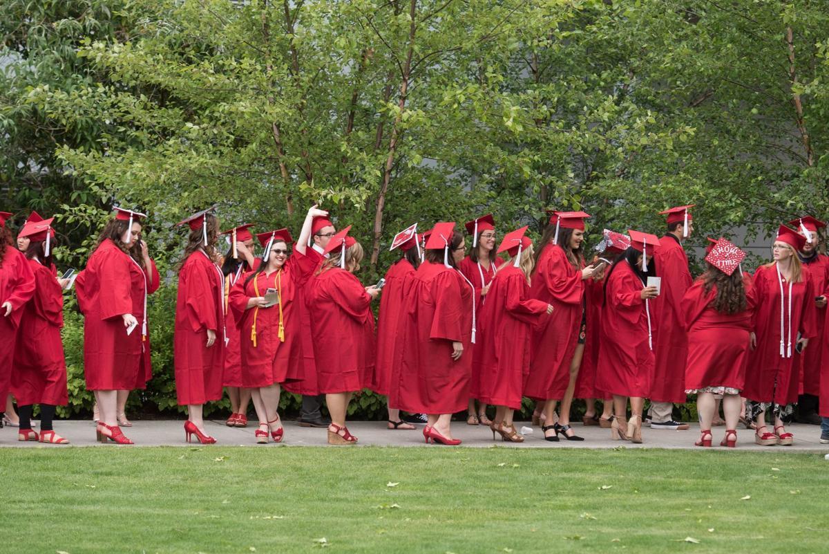 SVC Graduation01