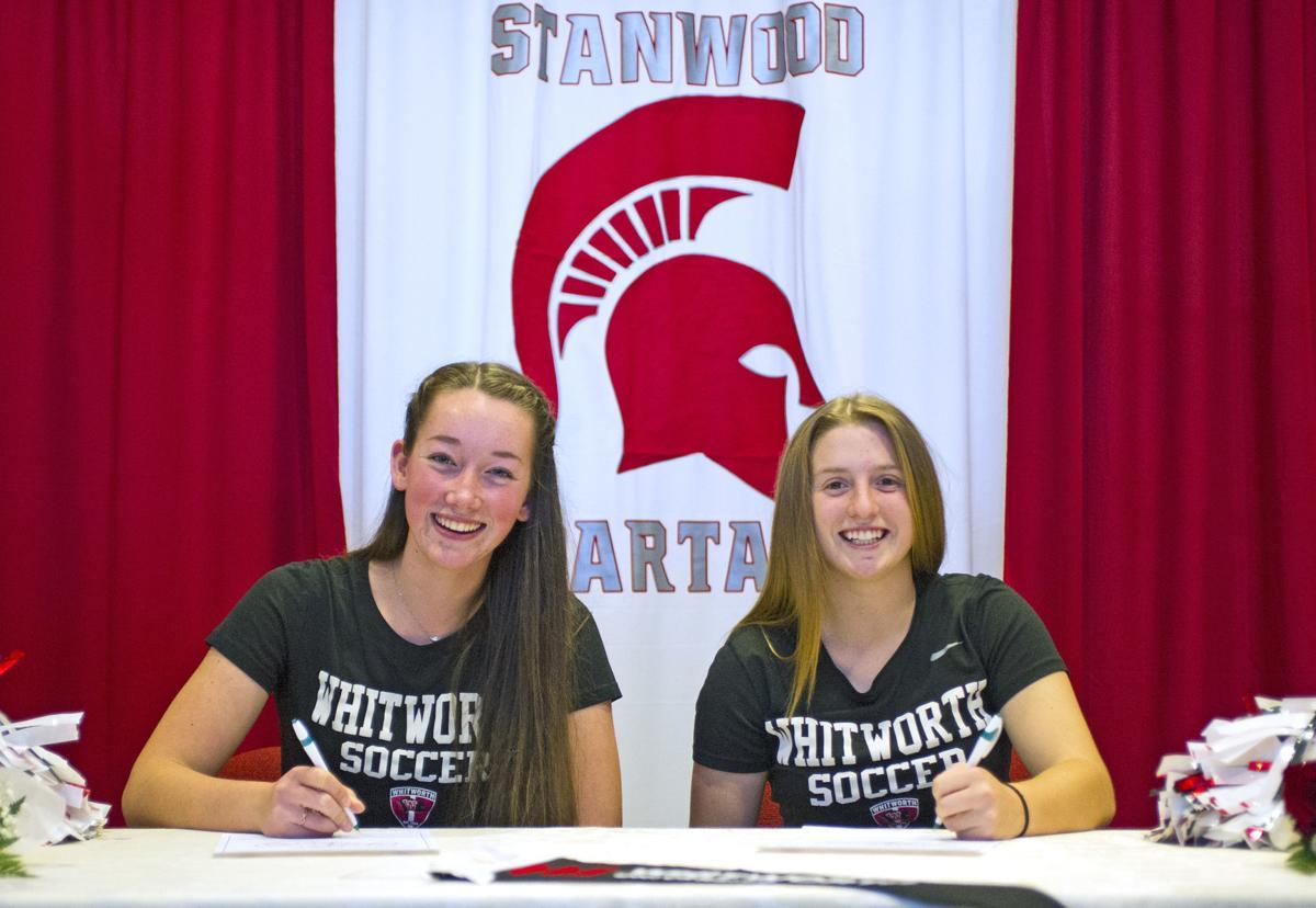 Hailey Ovenell and Bethany VanSant