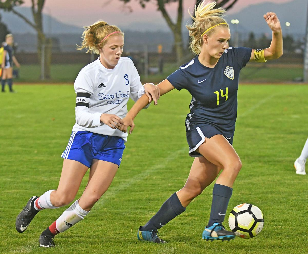Prep Soccer: Cubs, Tigers play to a draw | Sports | goskagit com