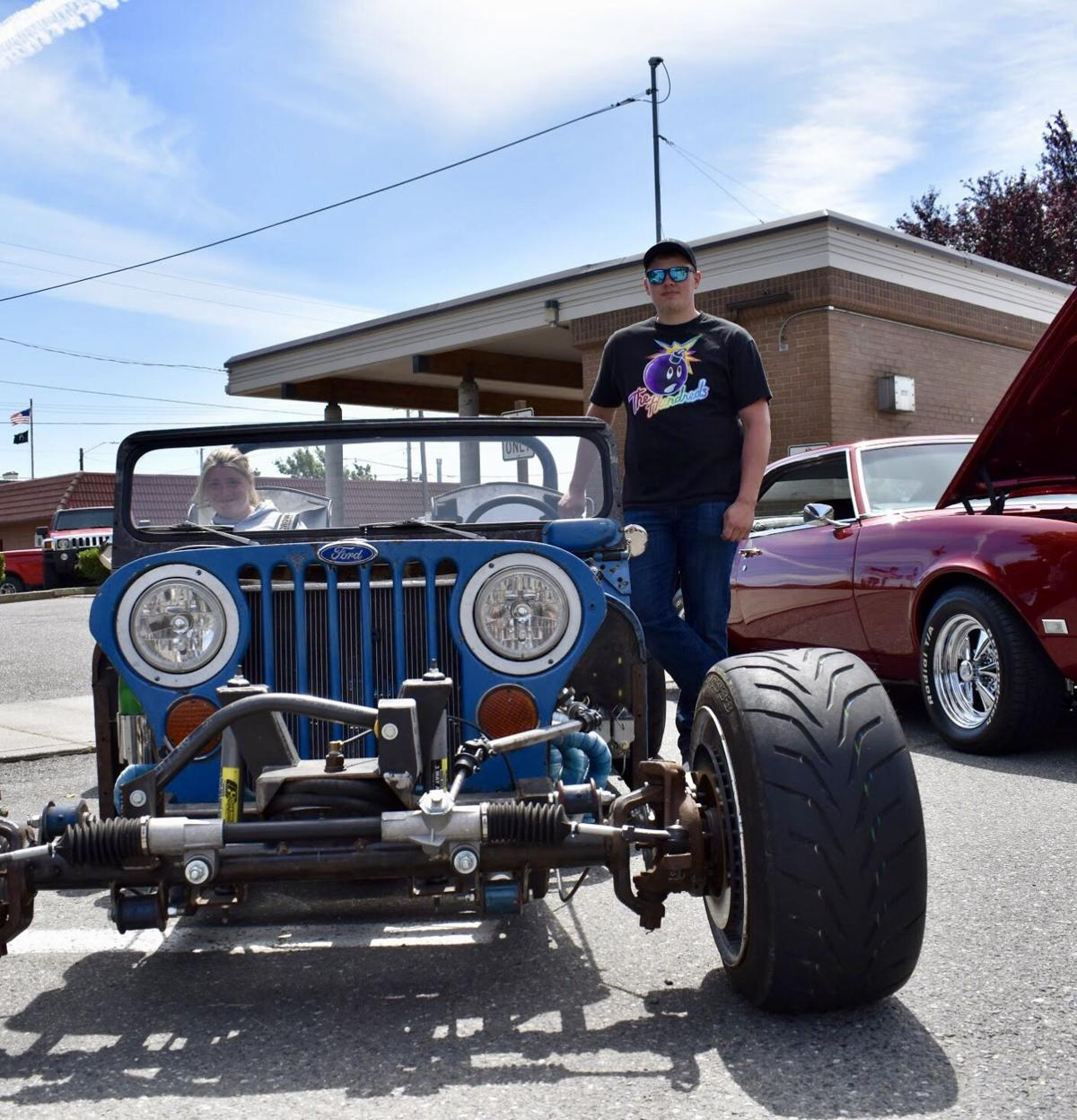 Thousands Rev Up Summer With Idlers Cruise And Car Show News