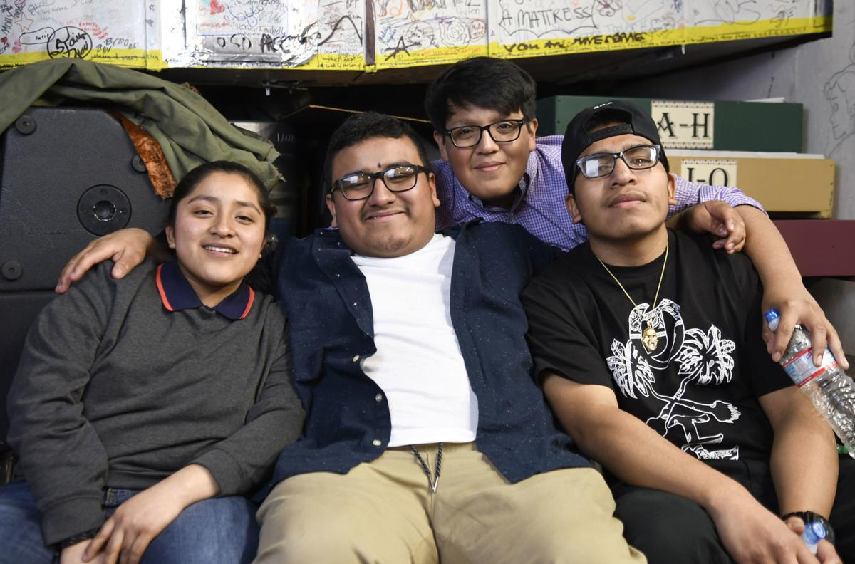 Mount Vernon students share stories of immigration | Local News