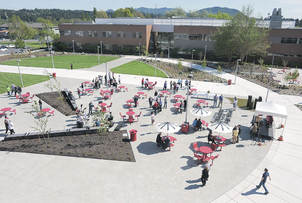 Skagit Valley College Plaza Dedicated To Former President All