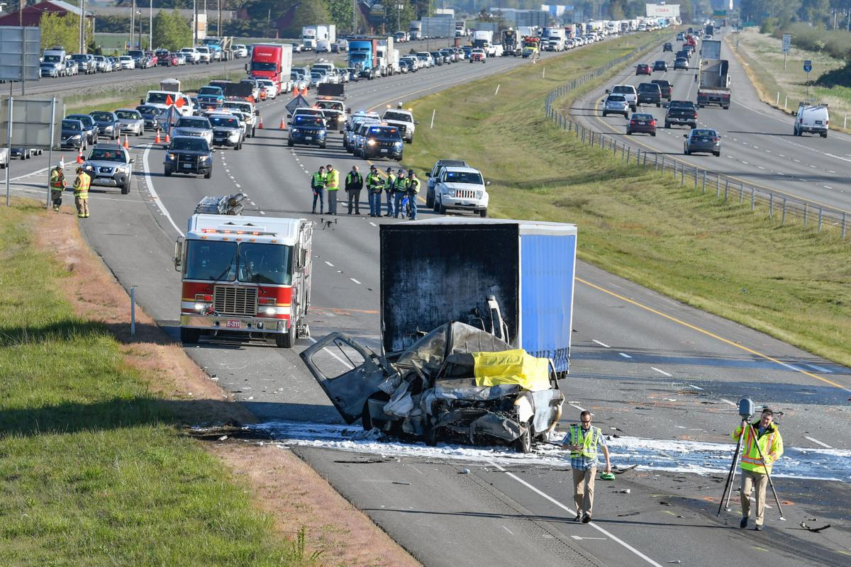 1 dead in 7-vehicle crash on Interstate 5 near Conway | News