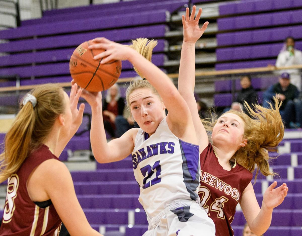 Lakewood at Anacortes girls basketball