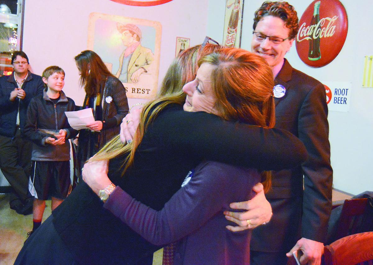 Early results say 'yes' to Anacortes school bond