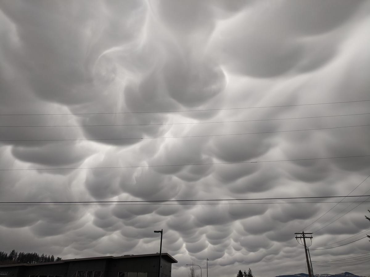 Unusual clouds capture attention in Skagit skies | Local News | goskagit.com