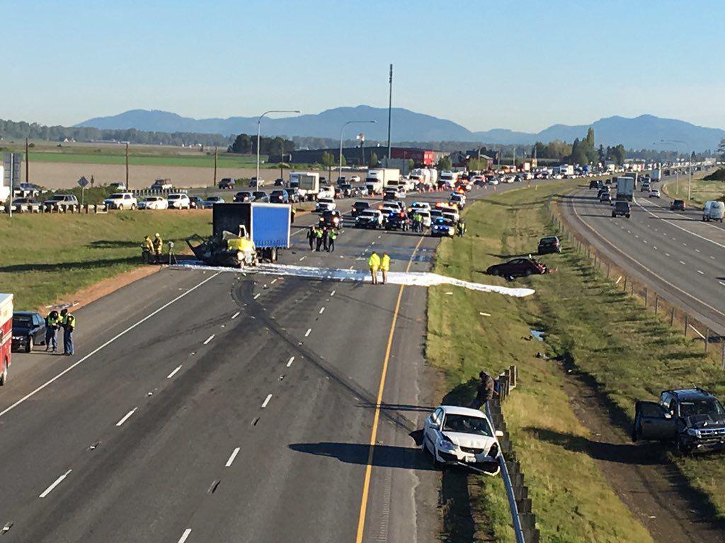 Interstate 5 crash at Conway