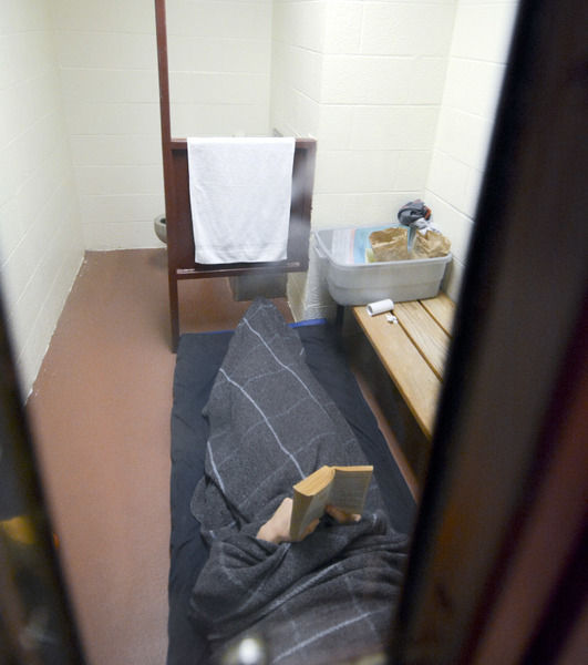 Officials: Jail sometimes only path to treat mentally ill | Local