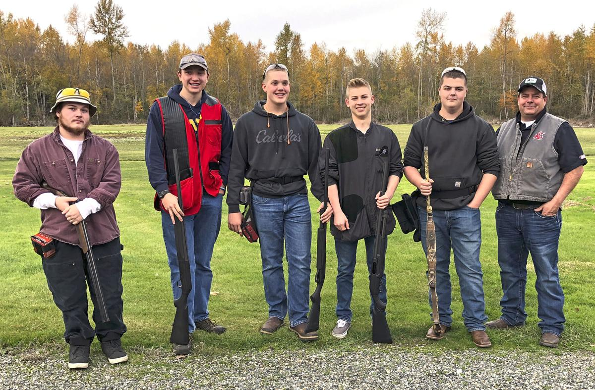 2018 Stanwood FFA trapshooting team at districts