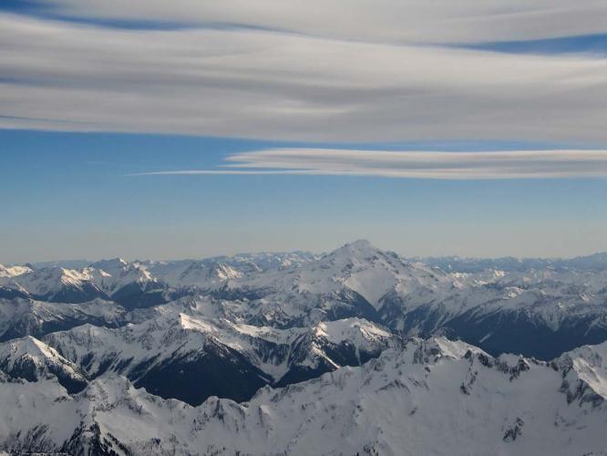 USGS Glacier Peak.jpg