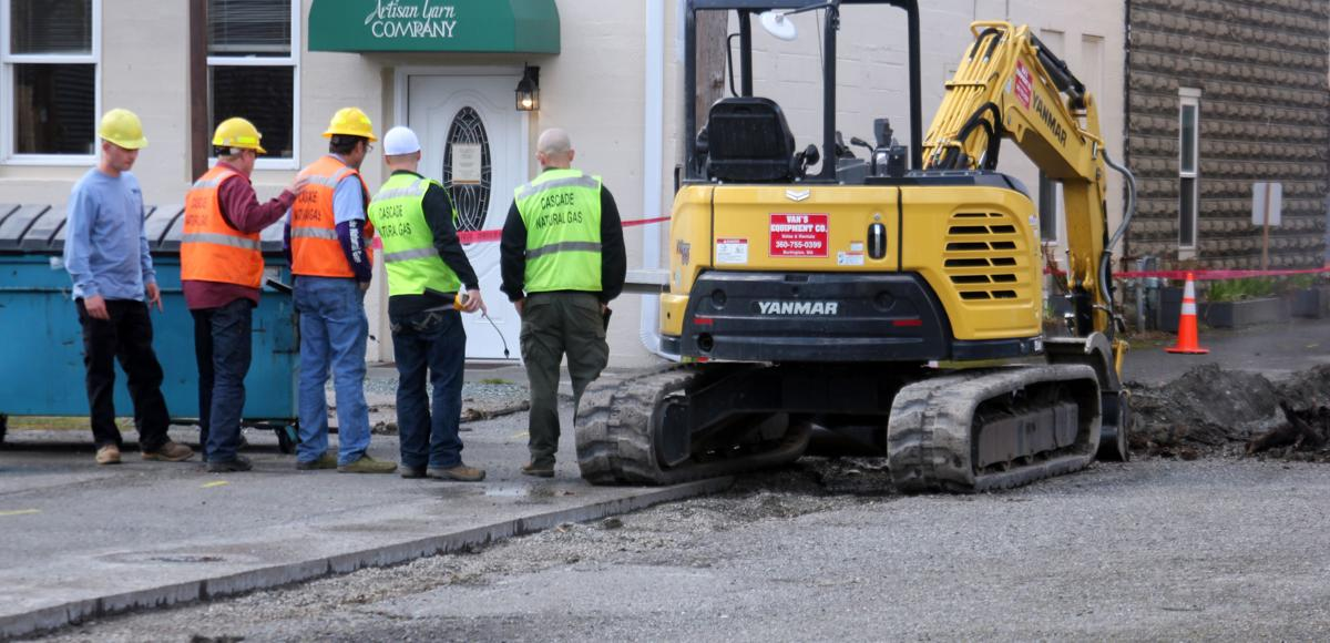 Excavator strikes natural gas line