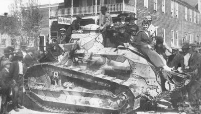 WWI army mini-tank 1919