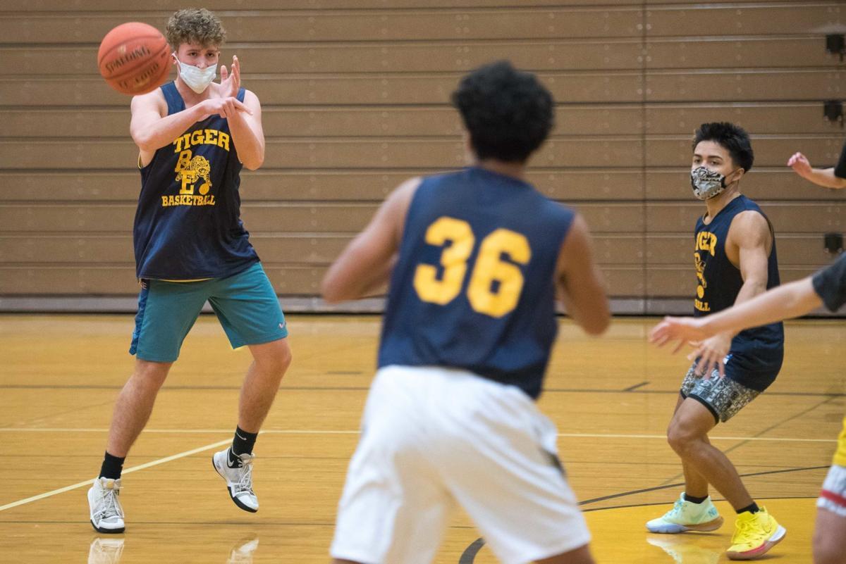 Burlington-Edison Basketball Practice 01