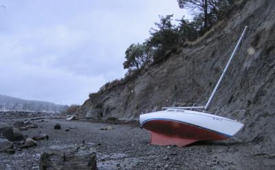 1127 derelict vessels
