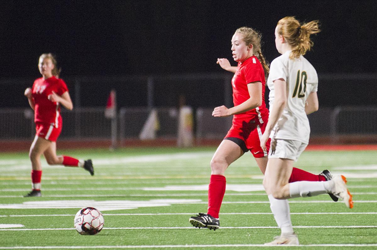 Stanwood girls soccer, 10.7.21