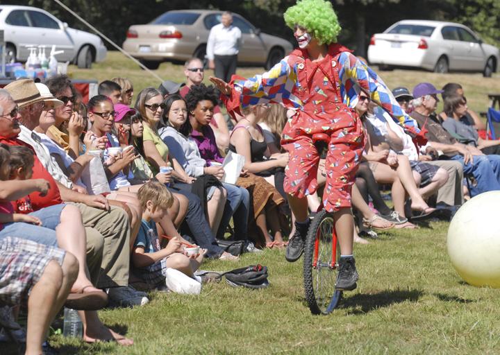 Talented clown