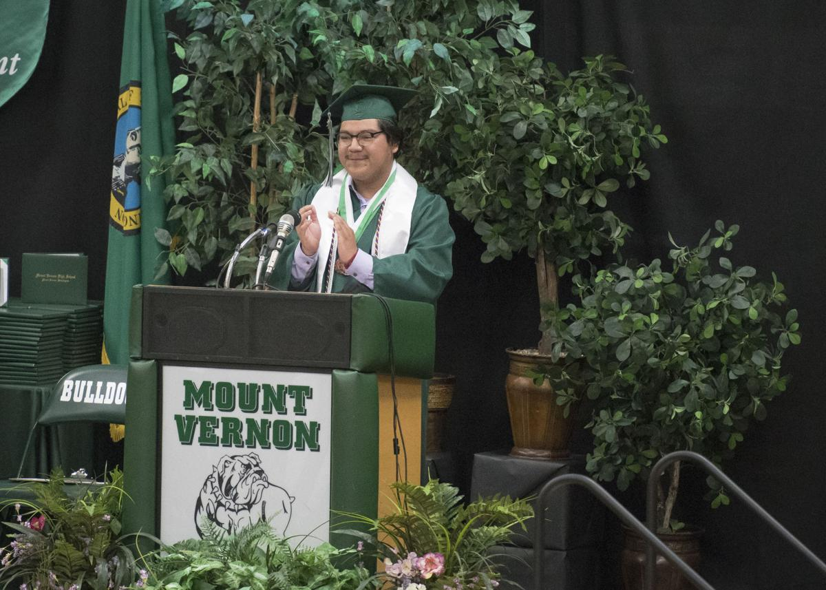 svh-202106xx-news-MVHS-Graduation-4.jpg
