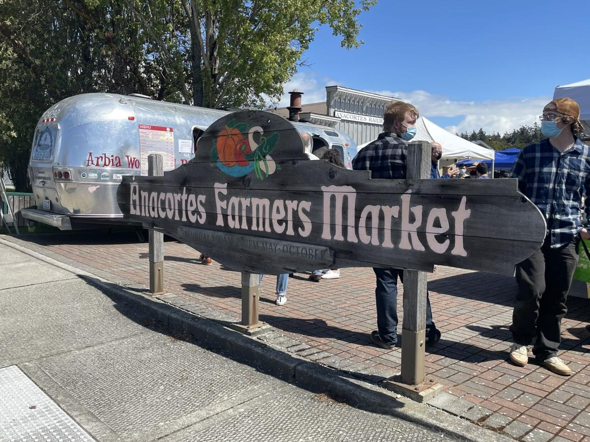 Farmers.Entrance.jpg