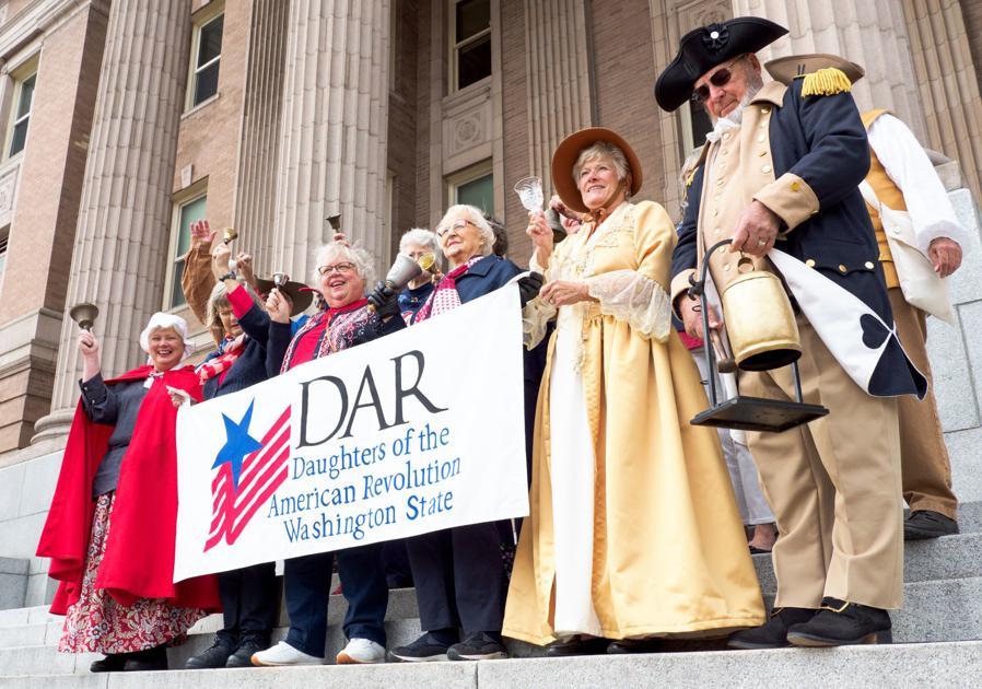 Group celebrates anniversary of U.S. Constitution