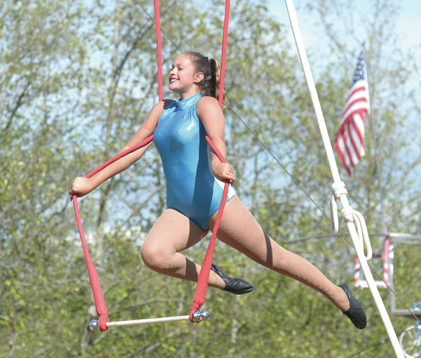 Youth circus performers end summer tour in Bow