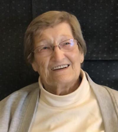 Beverly J. Gustason 1932 - 2021