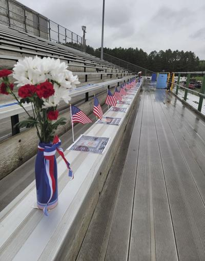 Tribute to 13 fallen U.S. soldiers
