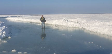 A disasterous winter for lake ice