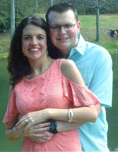 Jessica Lee Dyer To Wed Matthew Logan Searcy