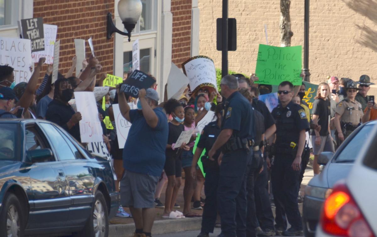 ProtestorsGMI.JPG