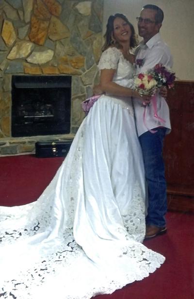 Earlene 'Ally' Hardin Weds Aaron Brady Willett