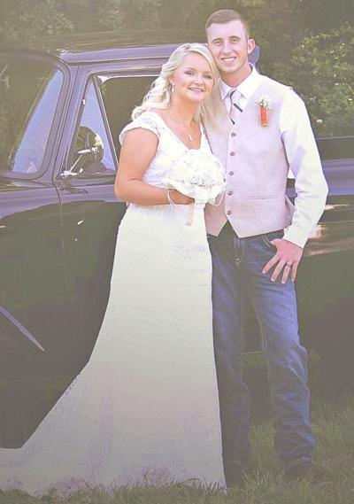 Samantha Grace Dykes Weds Dakota Neal Melton