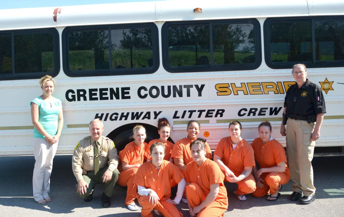 Female Inmates To Join The Litter Pick Up Crews | Local News