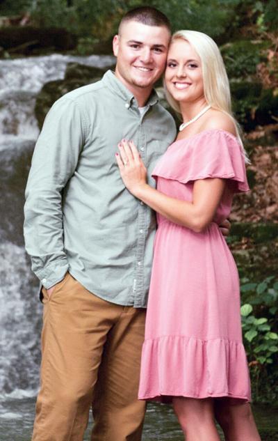 Taylor Coakley To Wed Preston Shuffler