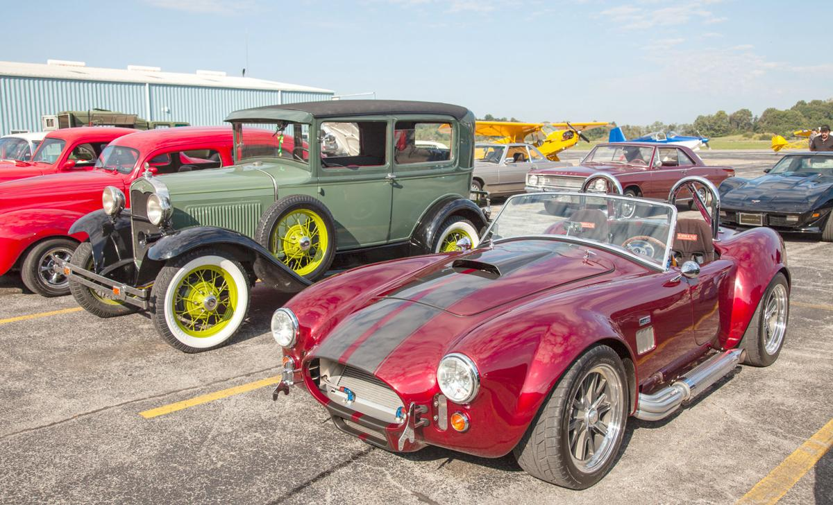 Fly-In and Cruise-In cars