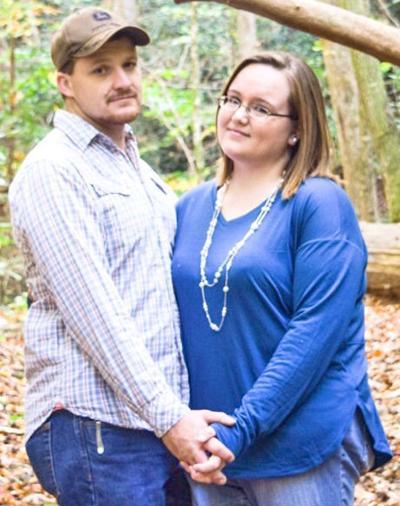 Nikki Davis To Wed Bradley Johnson