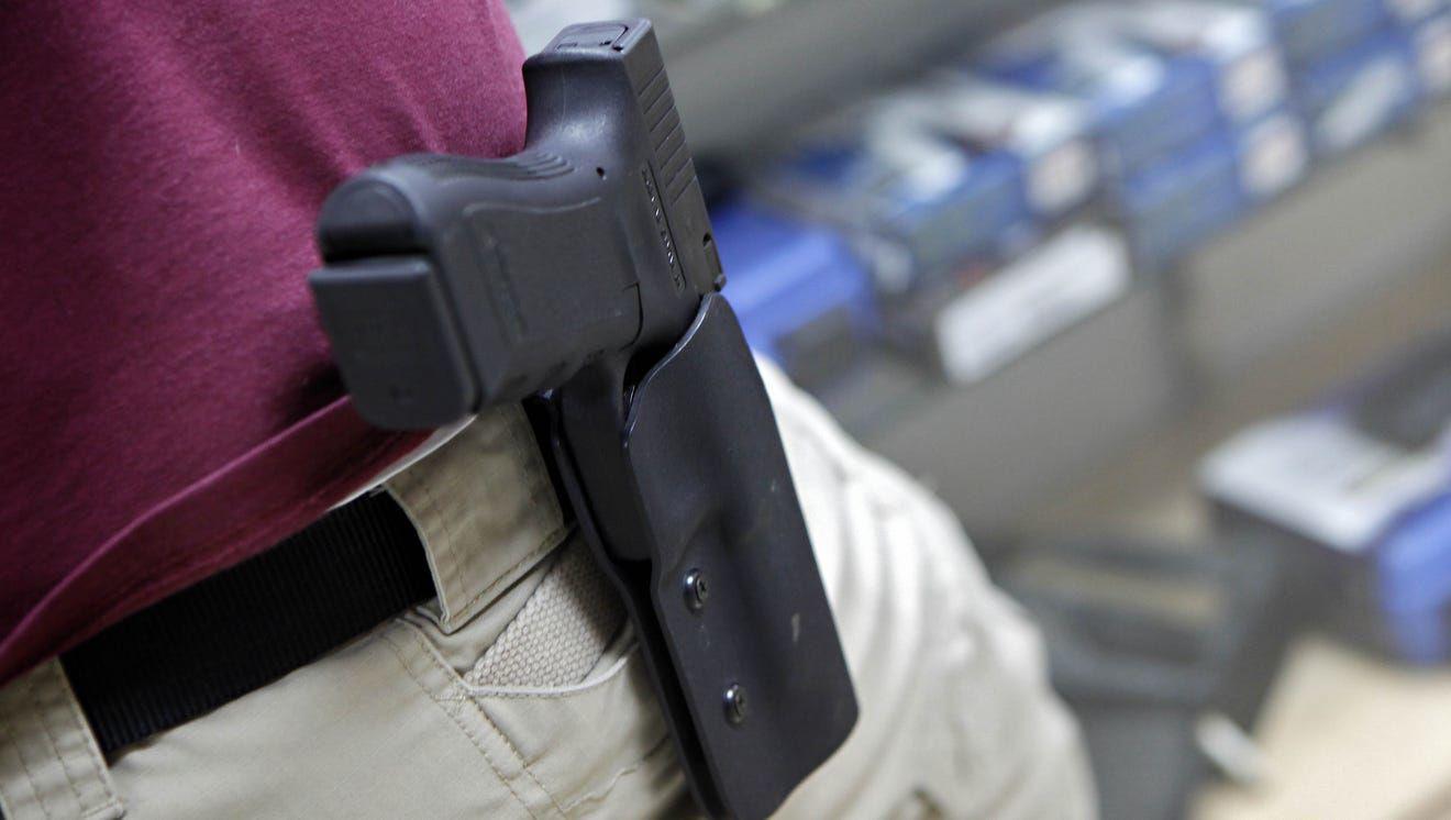 635586573352547691-Handgun-holster.jpg