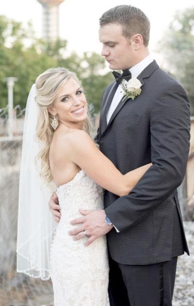 Jessica Nicole Robbins Weds Brent Thomas Woolsey