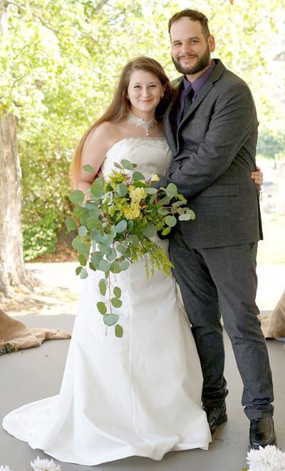 Heather Elaine Belcher Weds James Gardner Carr