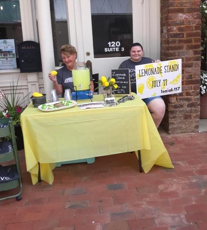 Isaiah House lemonade stand