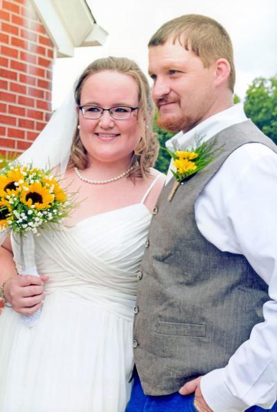 Nikki Danielle Davis Weds Bradley Allen Johnson