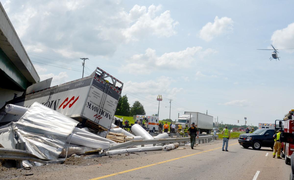 Tire Blowout Sends Semi Off I-81 | Local News | greenevillesun com