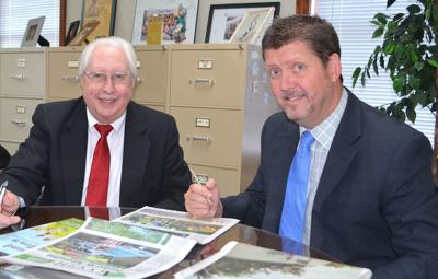 Reception To Honor Cash, Welcome Mauney At Greeneville Sun