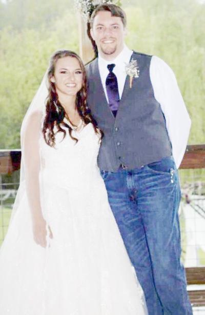 Leslie Alison Davis Weds Leonard Jacob Waddle